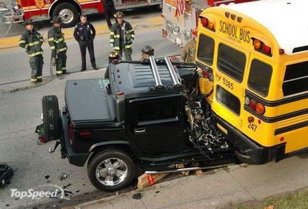 Hummer-crash-small