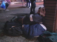 050428_homeless1